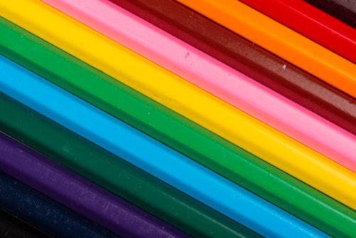 crayons couleurs gouttes eau studio stag photo
